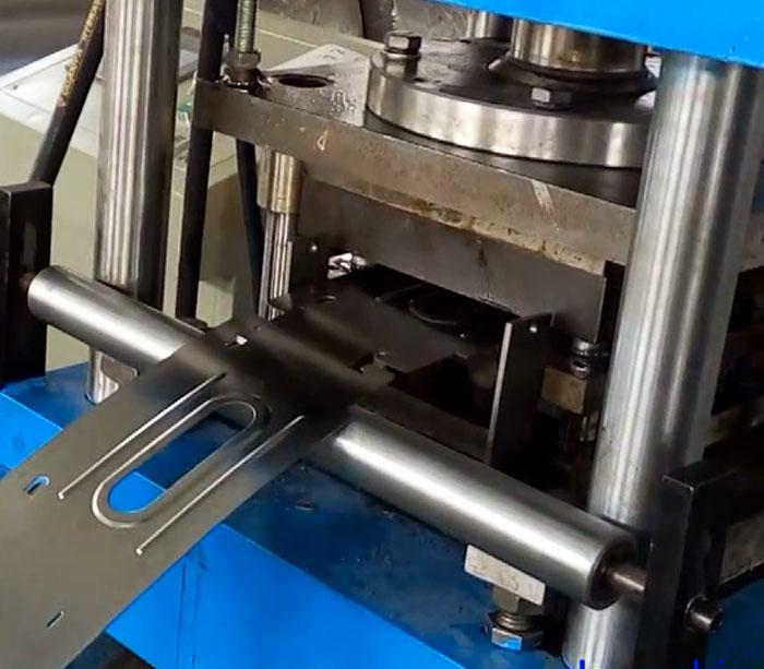 Máquina de producción de cajas de seguridad para bancos