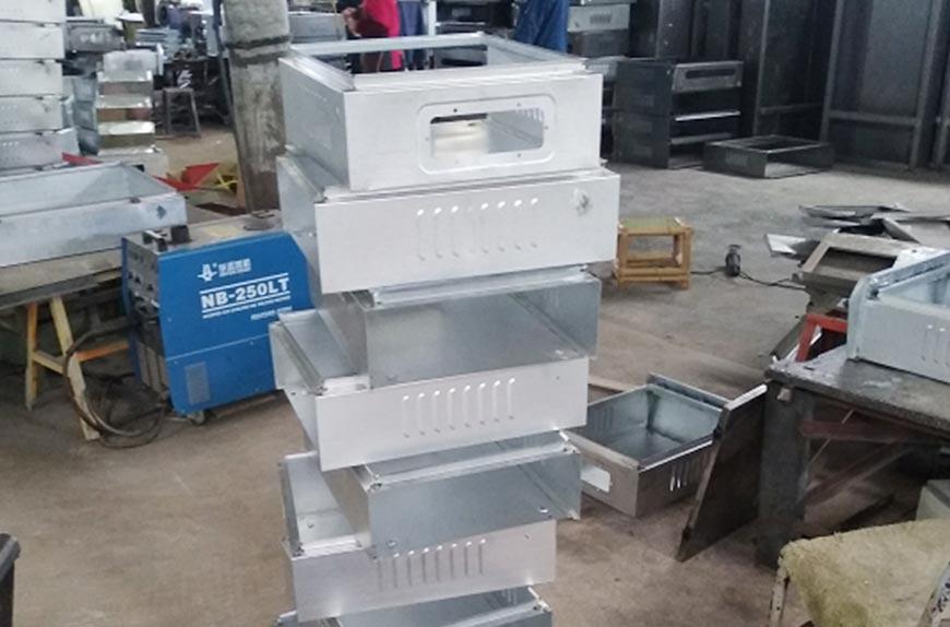 Perfiladora para caja de distribución eléctrica de trabajo para fabricantes de t