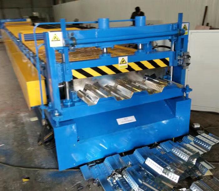 Buena calidad Chapa de acero galvanizado Panel de piso Máquina