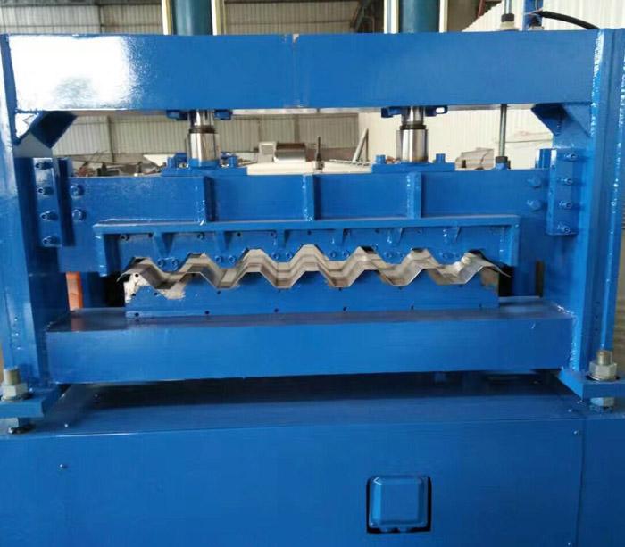 Máquina perfiladora de perfiles corrugados galvanizados