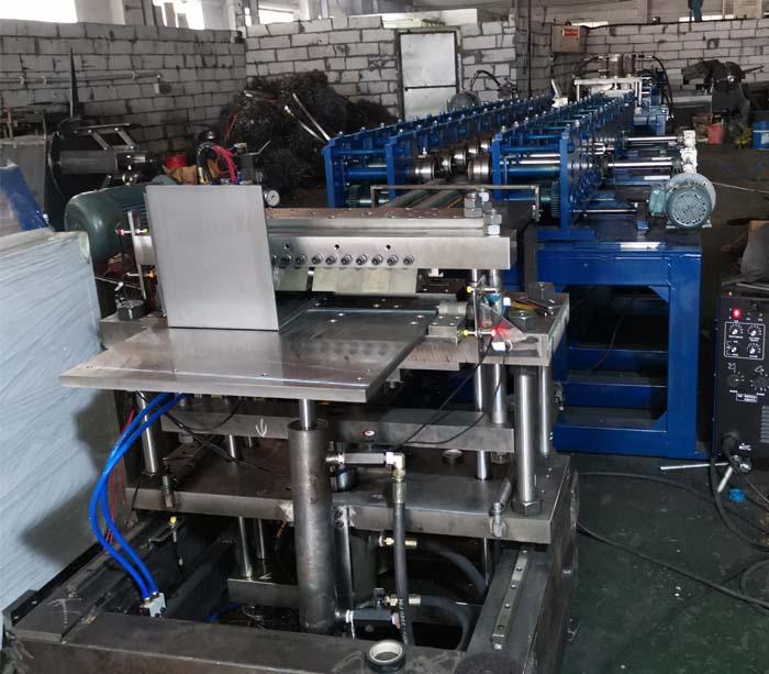 Máquina Perfiladora para Tableros de Adosar y Tableros Eléctricos