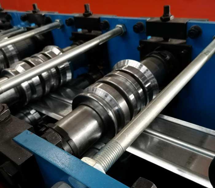 Compuerta circular de hoja de lámina de acero de Máquina perfiladora